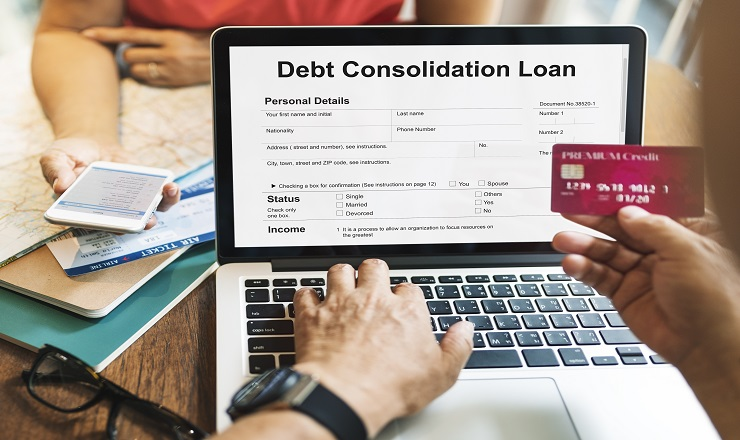 Is-it-Good-to-Pay-off-Credit-Card-Debt-with-a-Personal-Loan_519110023